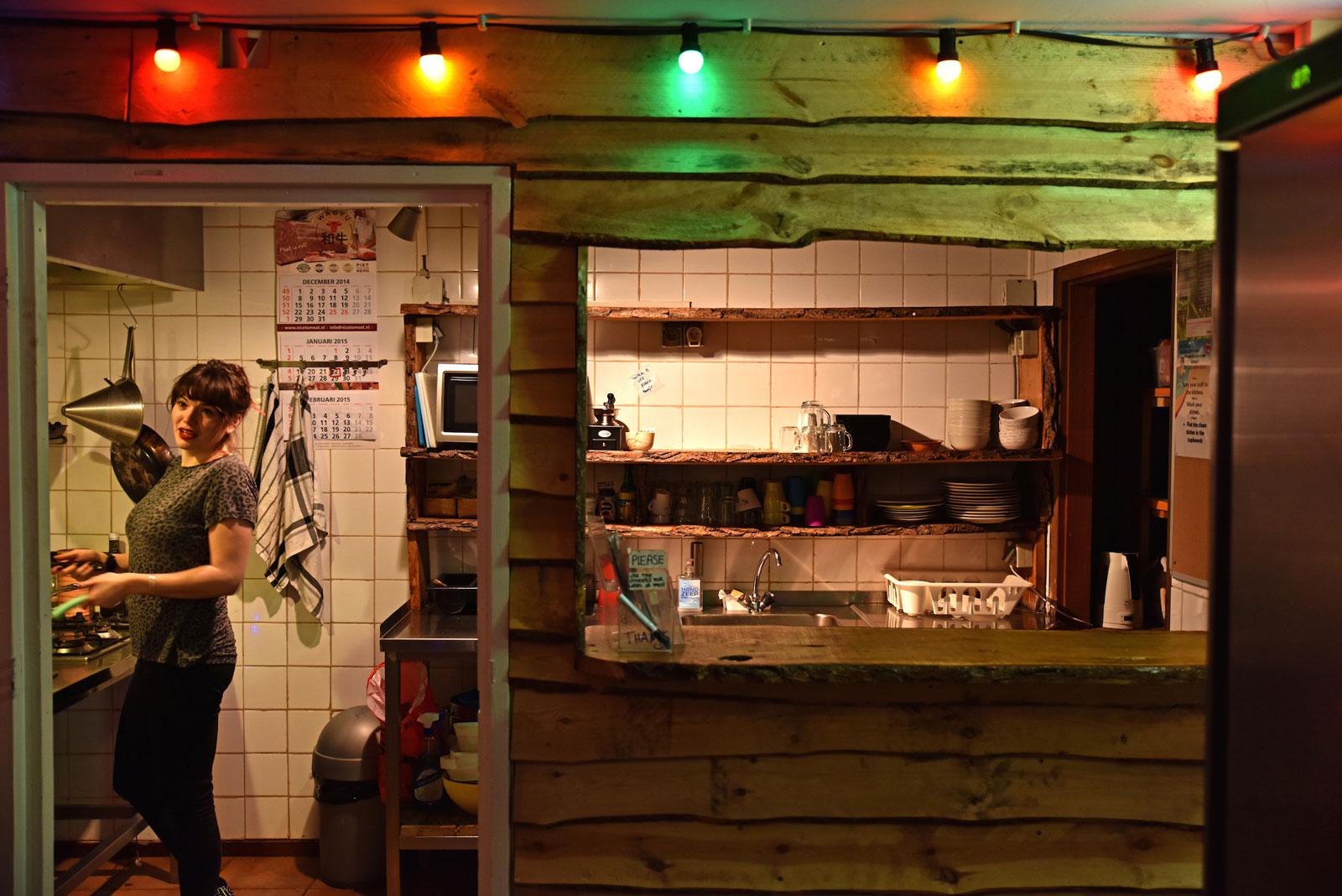 jorplace-hostel-den-haag-keuken